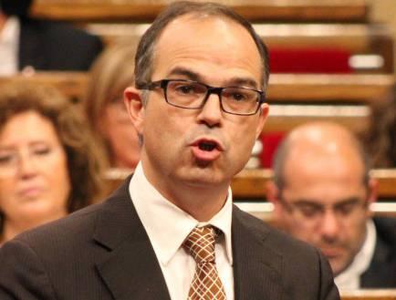 JxSí i la CUP veten dos catedràtics de dret al Parlament