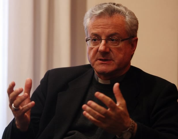 El bisbe Vives es mulla a favor del referèndum