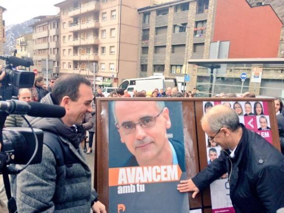 Els andorrans diuen 'no' al vot dels residents i 'sí' a la doble nacionalitat