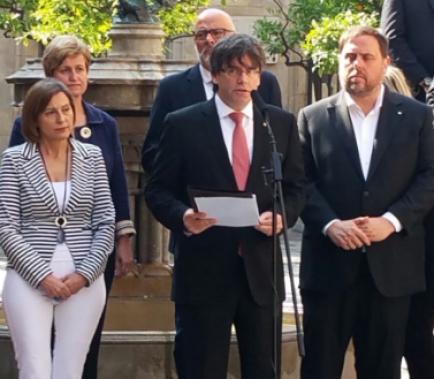 Ball de bastons al Palau de la Generalitat