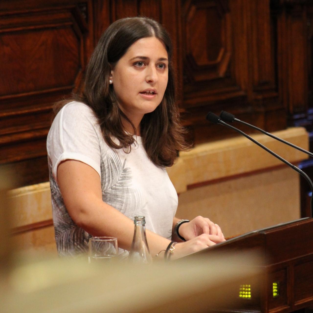 """Marta Pascal acusa de """"postureo"""" a la CUP"""