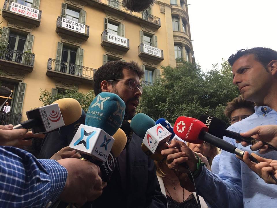 Albert Batalla no declara, fent bandera de la llibertat d'expressió