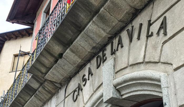 Els empleats municipals de Puigcerdà insten l'alcalde a pagar l'1% d'augment salarial