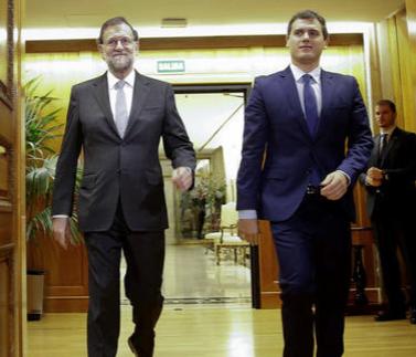 Suport a ulls clucs de Rivera a Rajoy per aplicar el 155