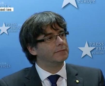 """Puigdemont diu que roman a Brussel·les """"per seguretat"""""""
