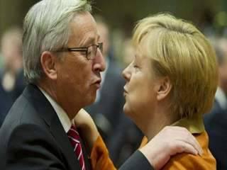 Merkel i Juncker es truquen per parlar de la crisi catalana