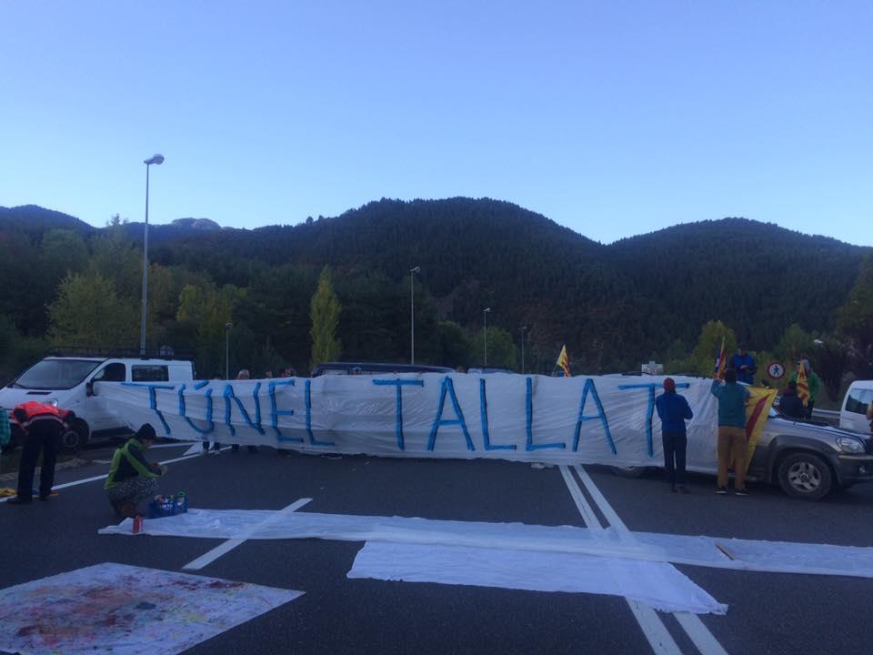 Indignació dels afectats a Andorra pel tall de l'accés a l'N-145