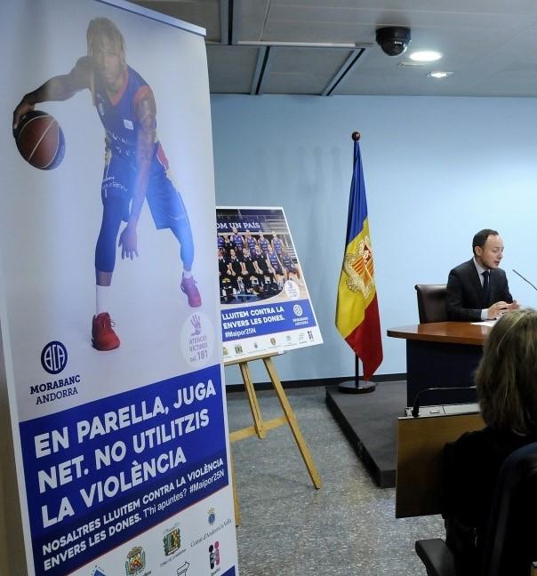 Campanya contra la violència masclista, mentre Martí tapa a Vidal