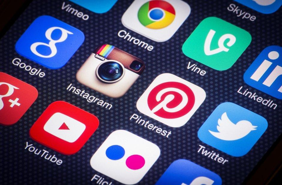'Emprenyada' a les xarxes socials pels talls a l'N-145