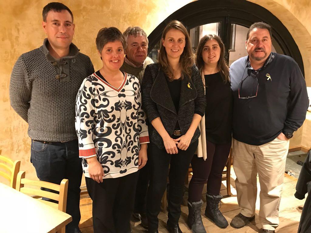 Els alcaldes de l'Alt Urgell marxen a Brussel·les sense aclarir qui paga el viatge