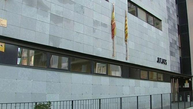 El jutge tanca la investigació contra els pares de la Nadia i troba indicis d'estafa