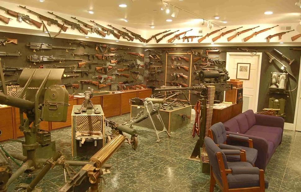 França insta Andorra a reforçar els controls sobre armes, capitals i el Casino