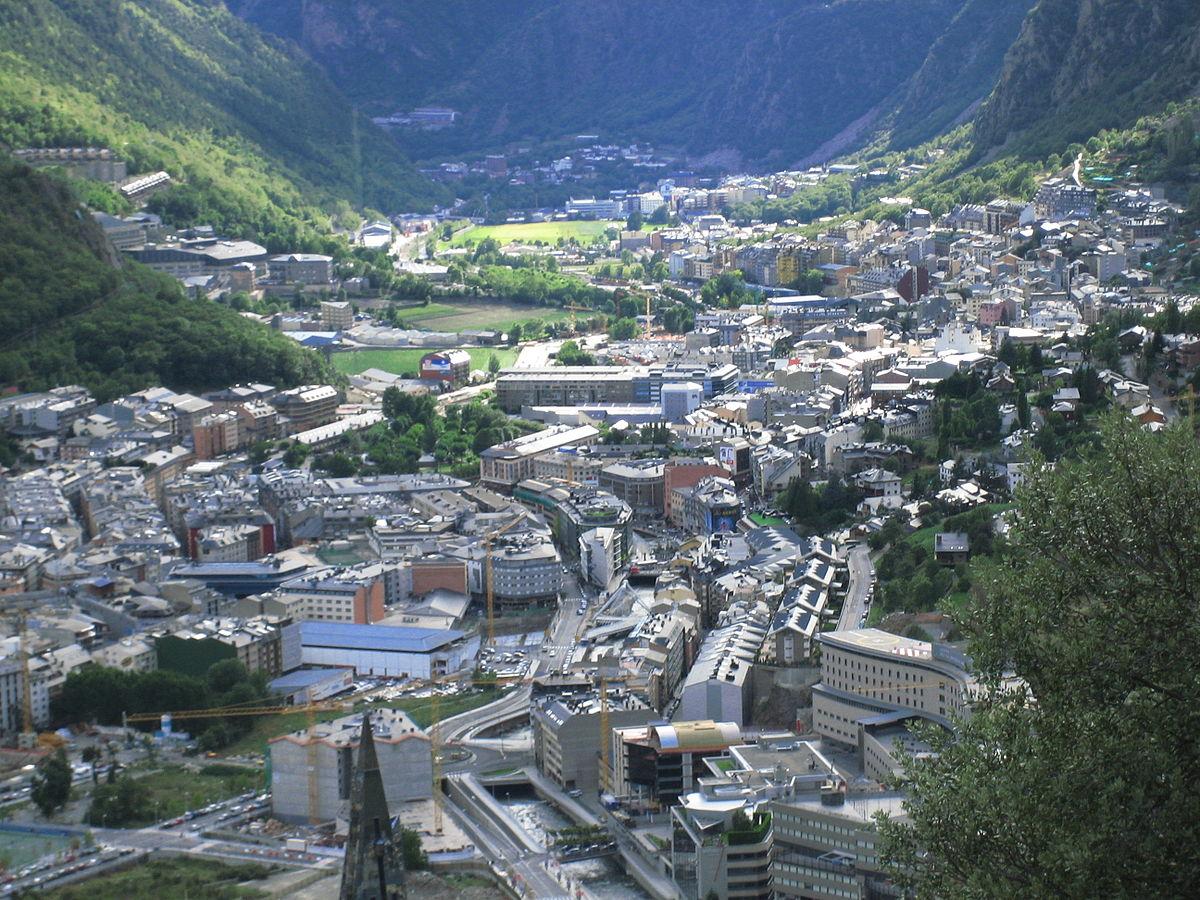 La població d'Andorra puja el 2017 un 2,3% i se situa en 74.794 persones