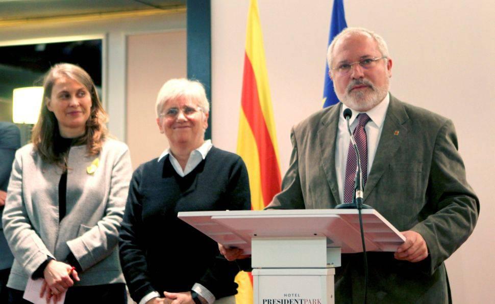 Puig, Ponsatí i Serret renuncien al seu escó