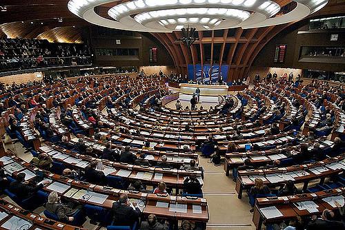 El Consell d'Europa li treu 'la groga' a Andorra