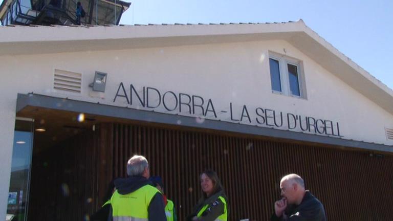 Desviat el primer vol  Madrid-la Seu a Girona per mala visibilitat