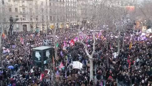 Més de 5 milions de persones secunden la vaga feminista