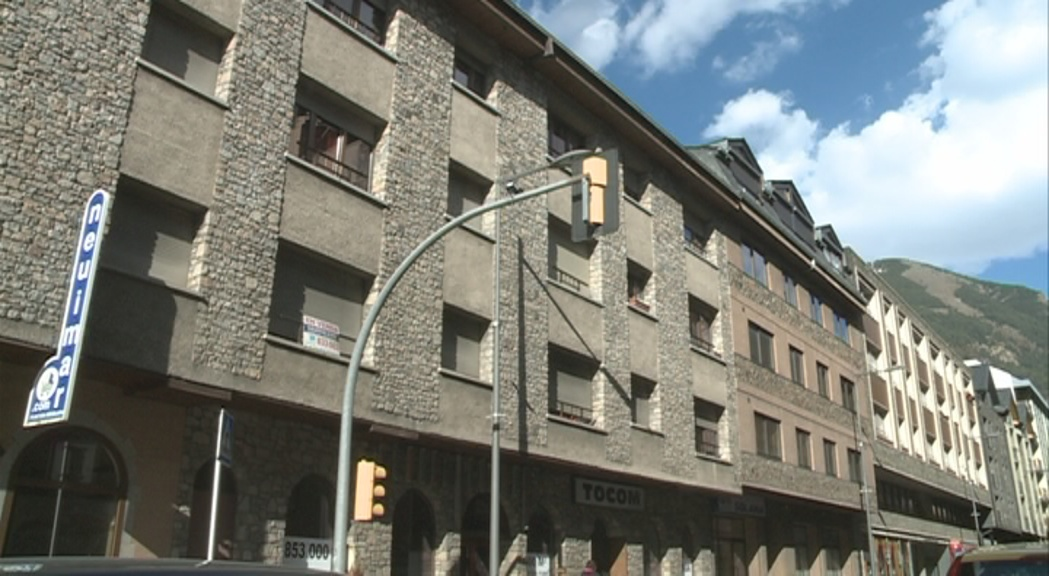 Els bancs andorrans acumulen més de 450 milions d'euros en pisos i sòl embargat