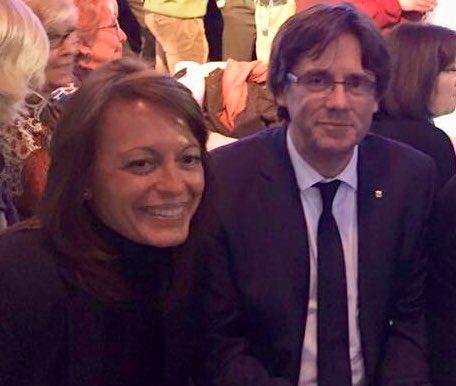 Vives no reuneix el perfil professional demanat per la Generalitat