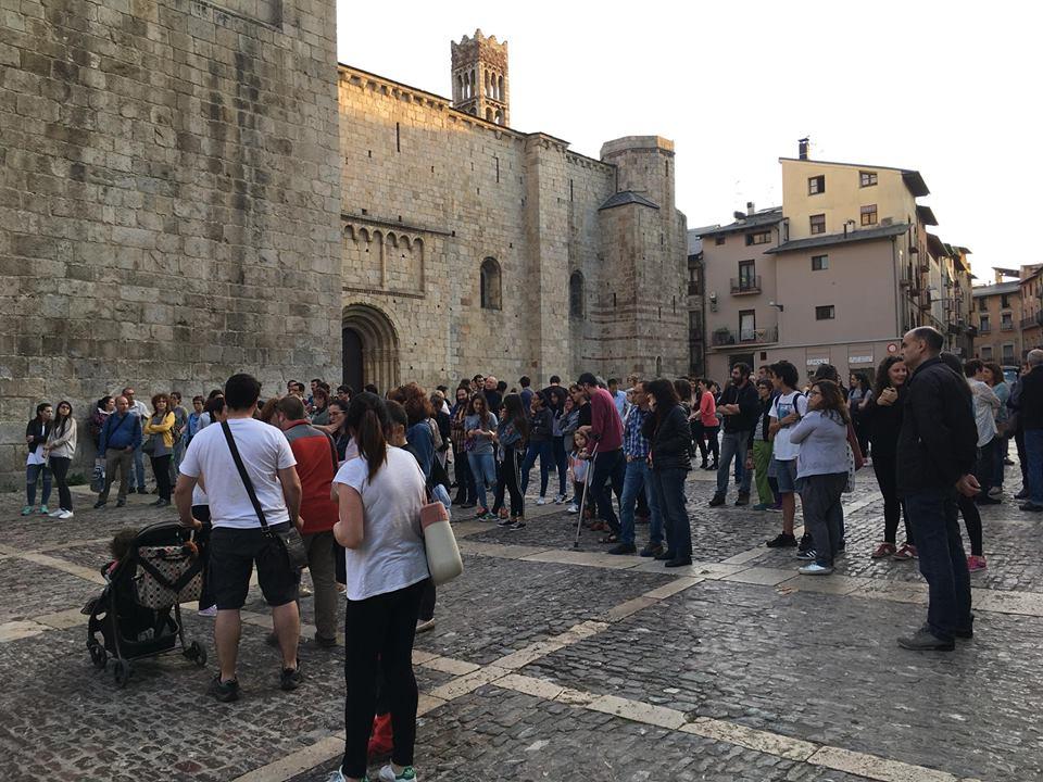 Més d'un centenar de persones rebutgen a la Seu la sentència de 'La Manada'