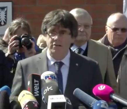 """Puigdemont: """"És una vergonya per a Europa tenir presos polítics"""""""
