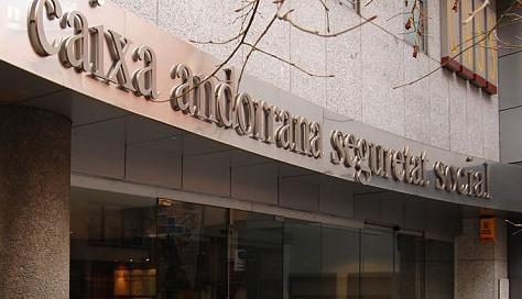 70 empleats públics fan hores extres il·legals i 80 de la CASS cobren primes irregulars