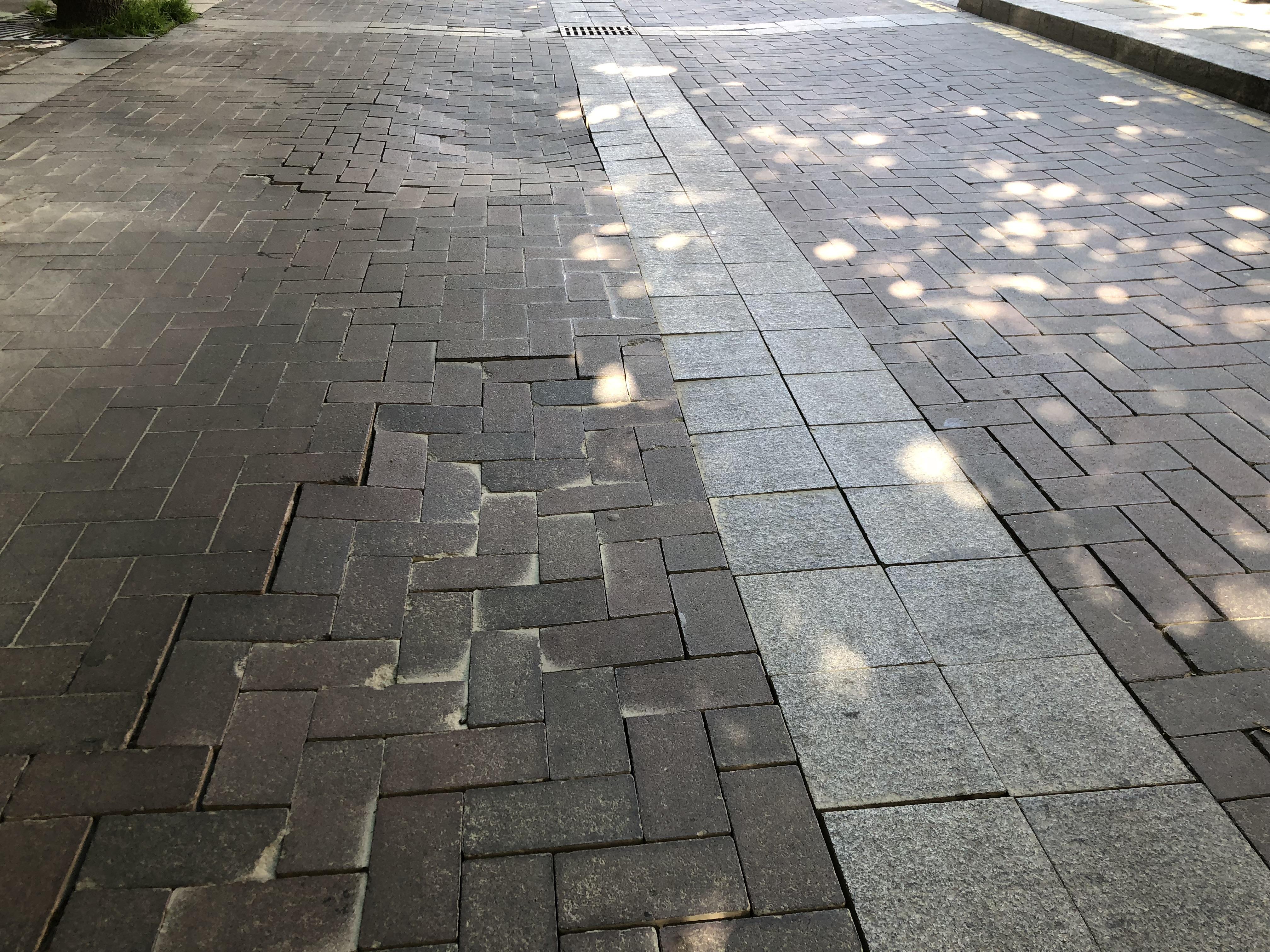 Batalla admet que continuarà 'el degoteig de diner públic' per reparar el carrer Major