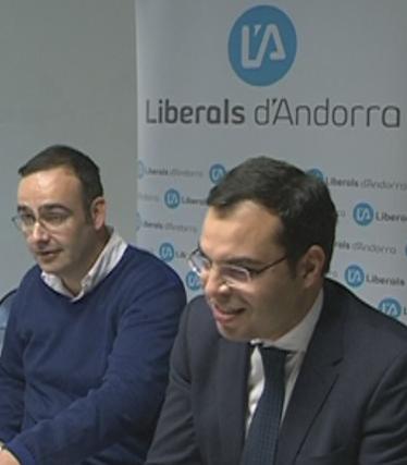 El PS i els liberals marginen a SDP d'un futur pacte de cara a les eleccions generals