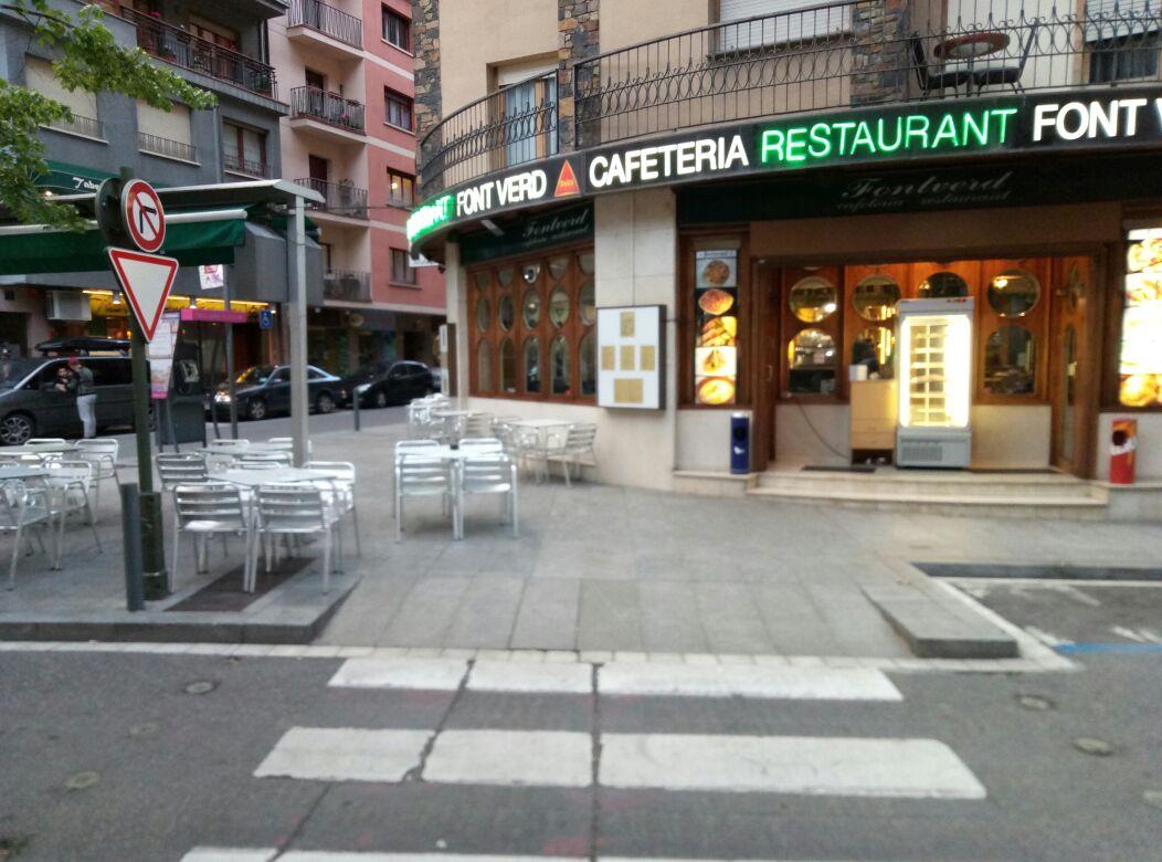 Poc control de l'ocupació de les voravies a Andorra