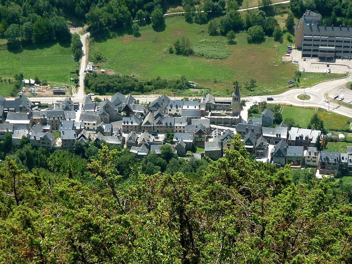 Detingut un veí de Betren, a Vielha, acusat de robar en un hotel
