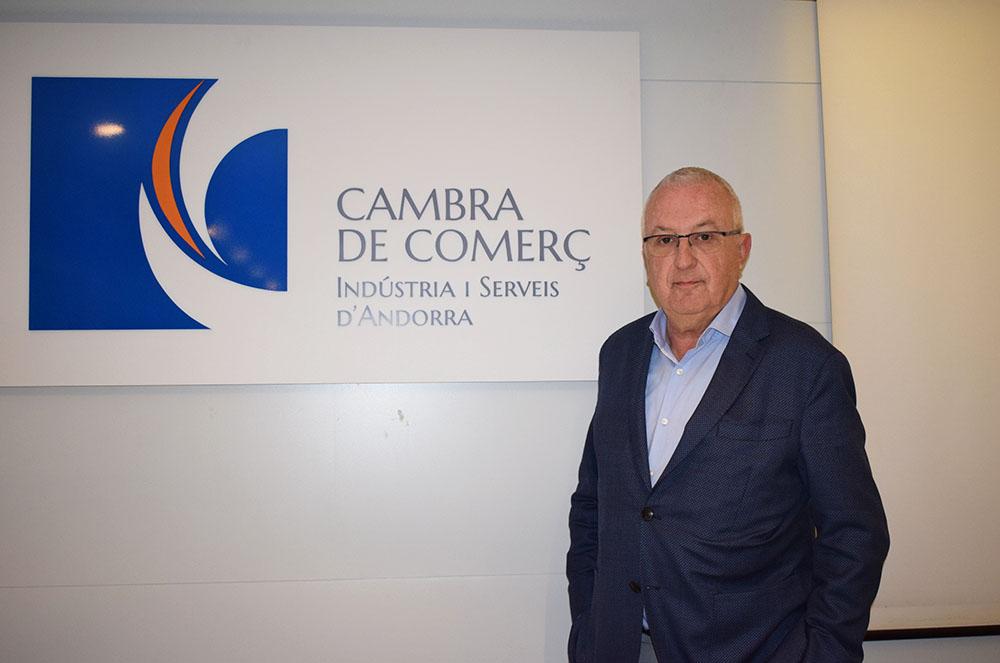 La Cambra de Comerç reitera l'aposta per un aeroport a Andorra i ignora al batlle de la Seu