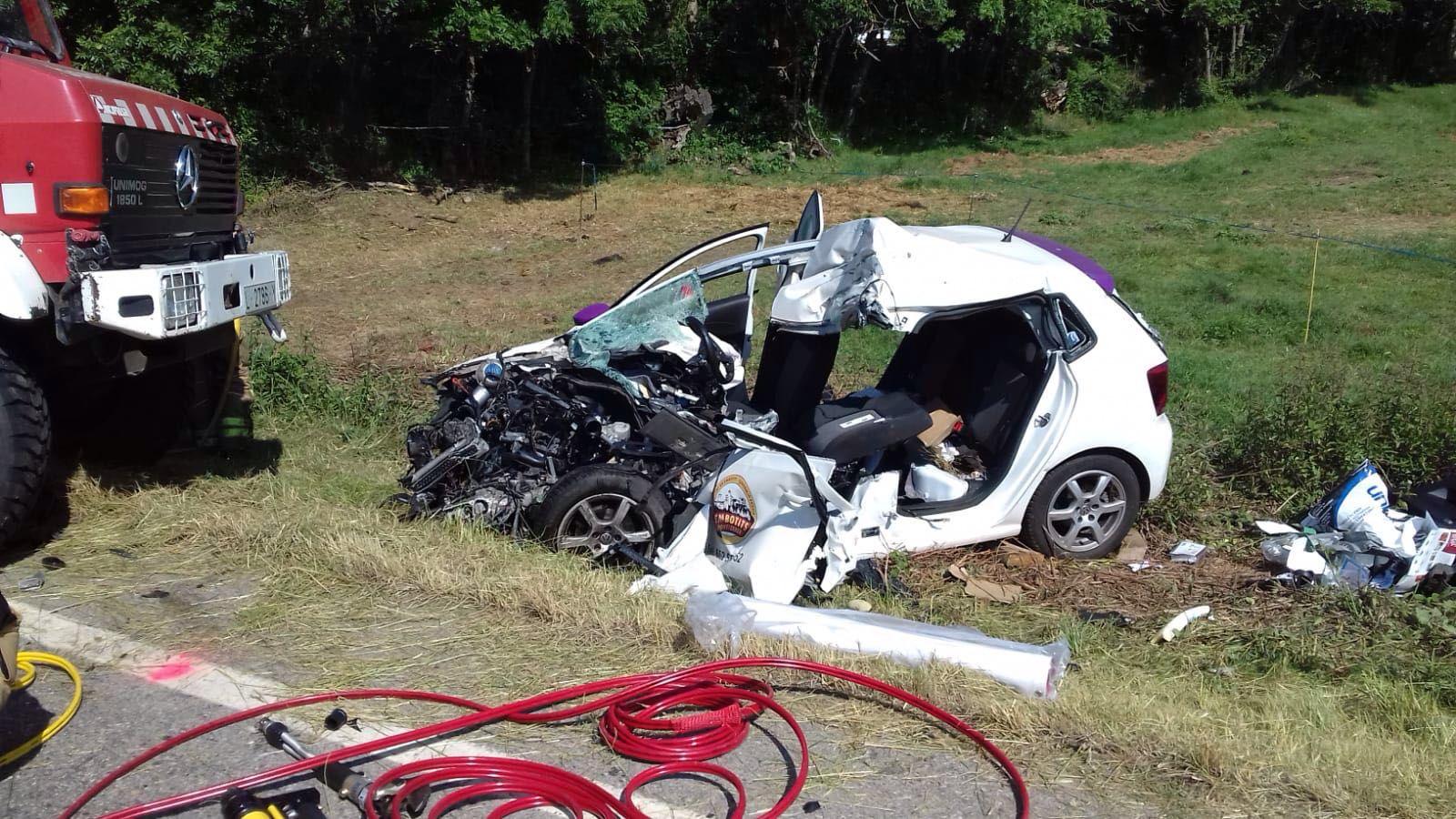 Mor el conductor d'un cotxe en xocar amb un camió a l'N-260 a Isòvol