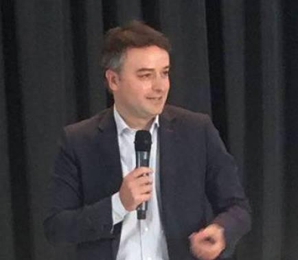 Sánchez fitxa un exassessor del PP com a cap de gabinet