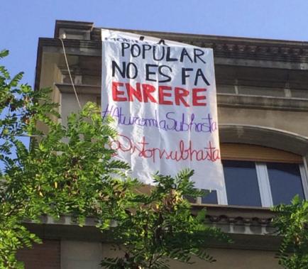 Ocupats dos dels immobles que la Generalitat preveu subhastar
