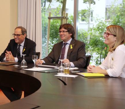 Puigdemont sol·licita el 'pack' d'expresident