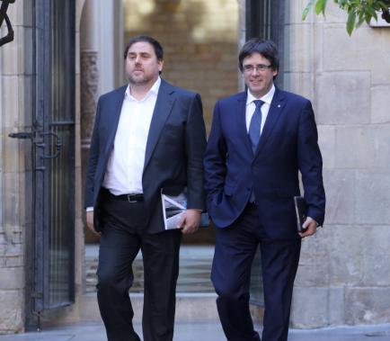 Puigdemont i Junqueras, suspesos com a diputats