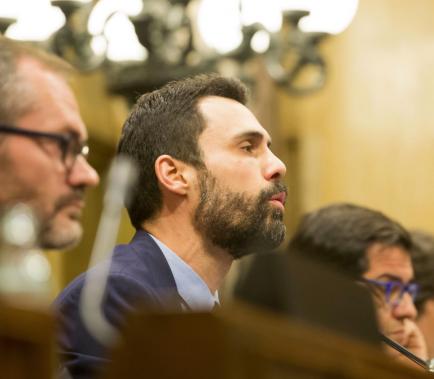 Torrent manté el vot delegat dels diputats processats