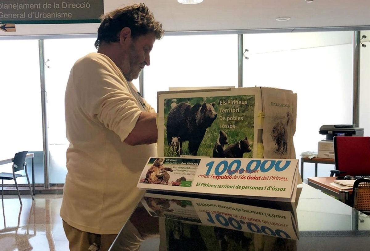 Ipcena lliura més de 100.000 signatures en contra de l'expulsió de l'os Goiat