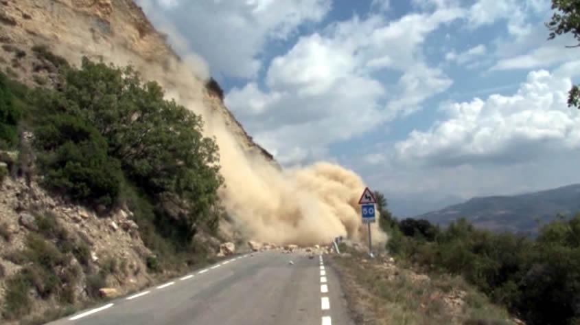 Repic de campanes a morts per la supervivència dels pobles de l'Alt Pirineu