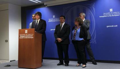 Puigdemont torna al referèndum acordat