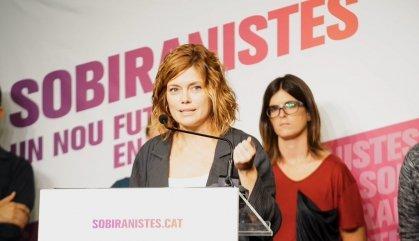 Els sobiranistes dels Comuns planten cara a Ada Colau