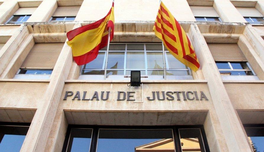 Les dones maltractades obtenen poca protecció dels jutjats catalans