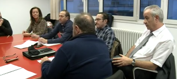 Els sindicats culpen el Govern de voler polititzar l'administració pública