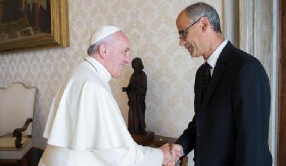 El Papa Francesc amenaça Martí de fer dimitir Vives si es legalitza l'avortament