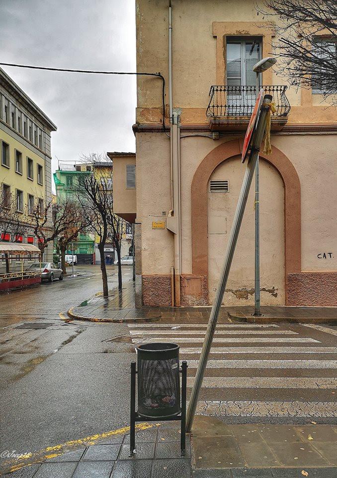 Veïns denuncien aldarulls a la Seu i la policia municipal es 'fa el sord'