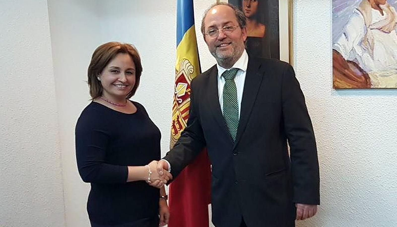 La fiscal del Panamà també deixa Alfons Alberca amb el cul a l'aire