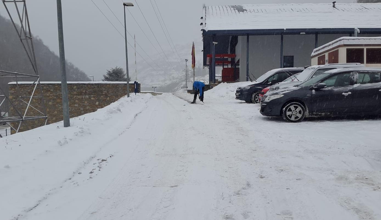 La USPAC denuncia el fred que pateixen els mossos d'esquadra a la comissaria de Vielha