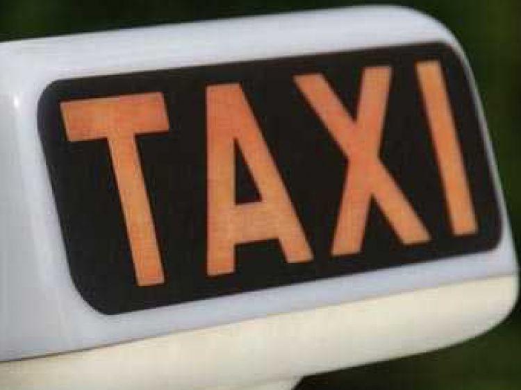 Els taxistes del Pirineu se sumen a la vaga dels de Barcelona