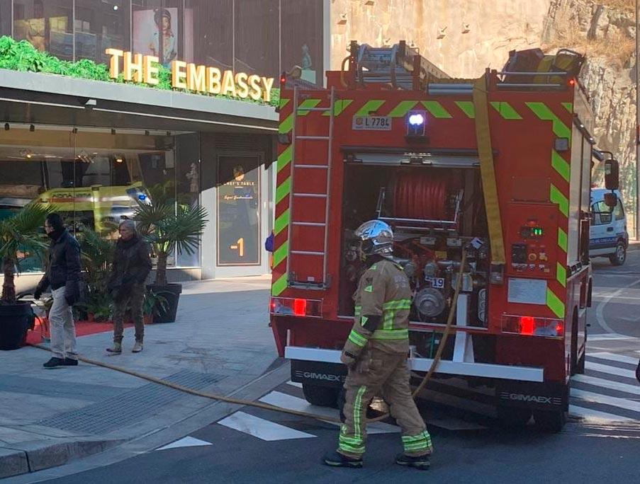 Petit incendi al nou local de luxe The Embassy a Andorra la Vella