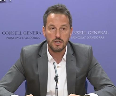 """López denuncia que """"DA no creu en la igualtat de gènere"""""""